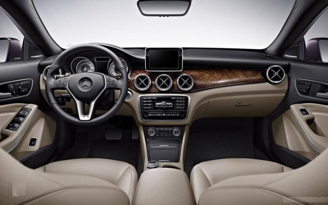 How  to  Clean  your  Car  Dashboard?