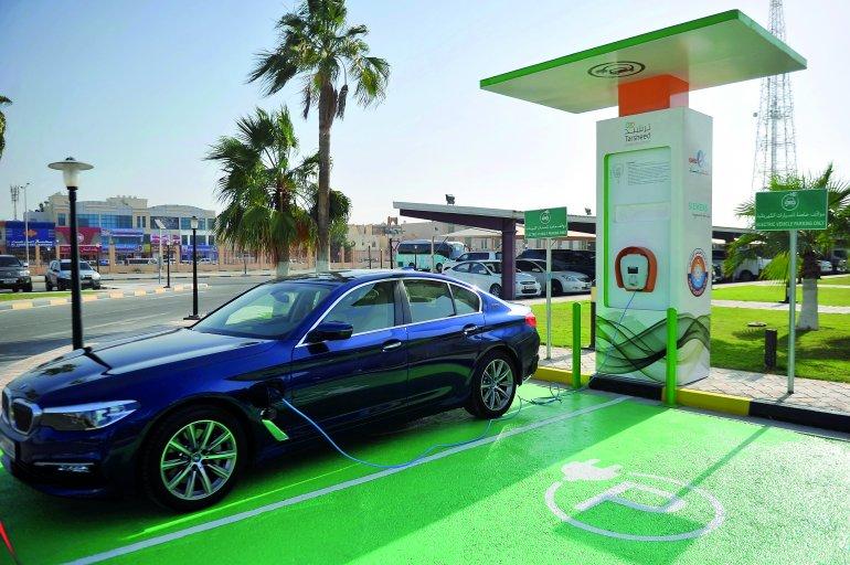 400 محطة شحن للسيارات الكهربائية بحلول 2022