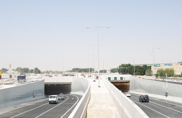 افتتاح نفقين بتقاطع اللؤلؤة ضمن مشروع طريق لوسيل السريع