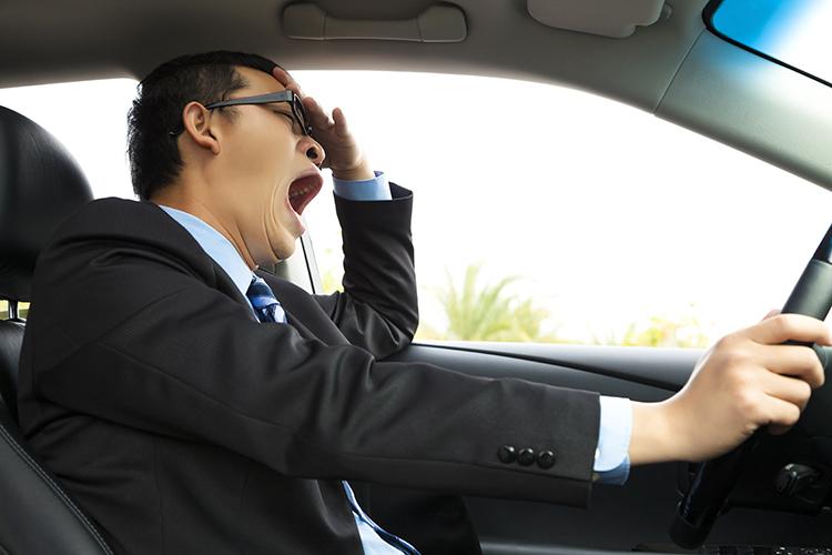 في هذه الحالة تكون القيادة أشد خطرًا من القيادة مخمورًا