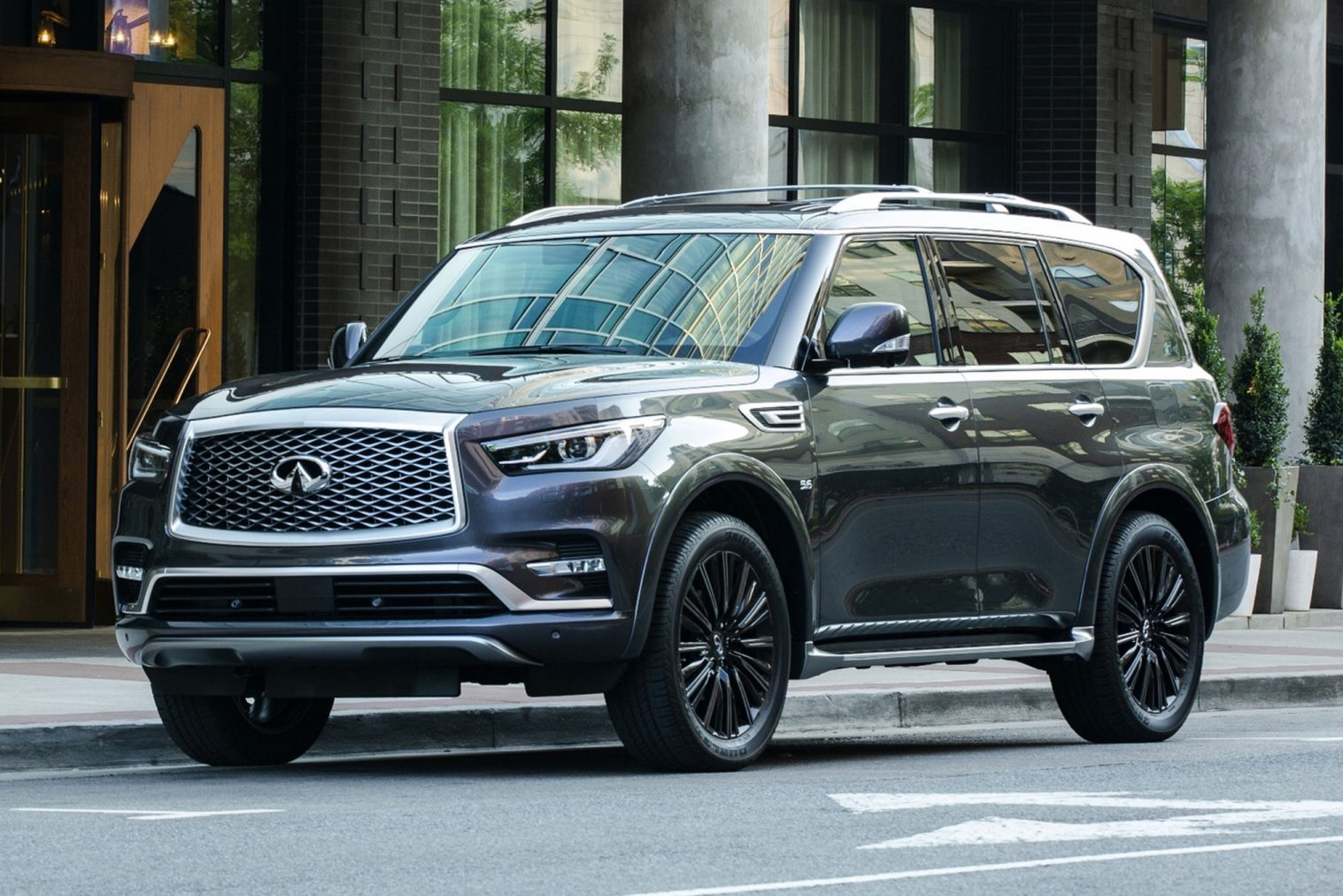 QX80 LIMITED EDITION: A car from a different planet