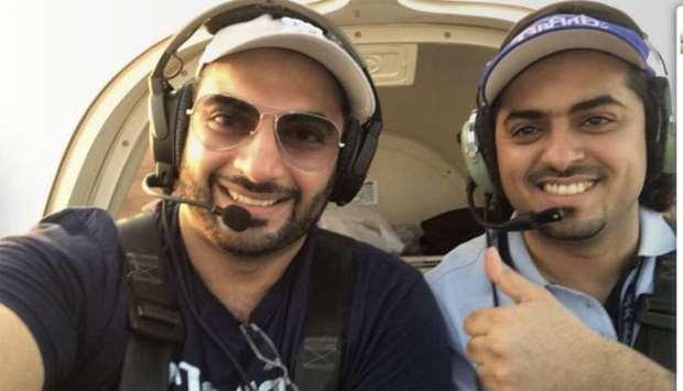 اثنين من هواة الطيران في قطر يلقيان حتفهما في حادث طائرة شراعية