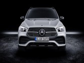 "Mercedes unveils the new car ""GLE"""
