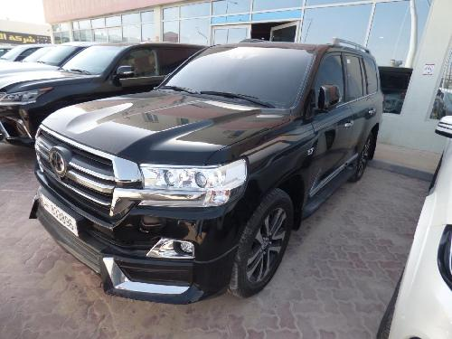 Toyota Land Cruiser VXR Grand Touring