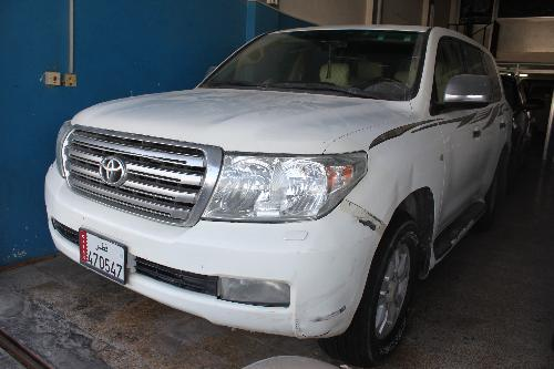 Toyota Land Cruiser GXR v8 2011