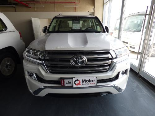 Toyota Land Cruiser GXR v8 2018