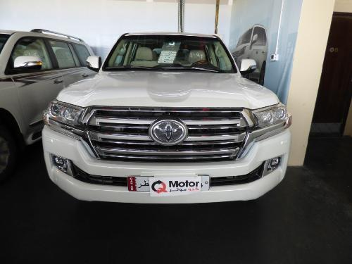 Toyota Land Cruiser GXR v6 2018