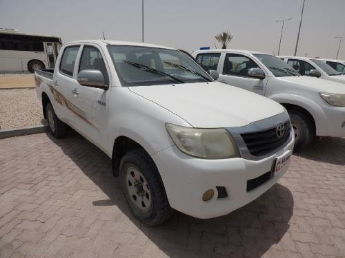 Toyota Hilux 2.7 ( 4WD ) 2012
