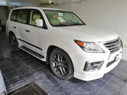 Lexus LX 570 2015