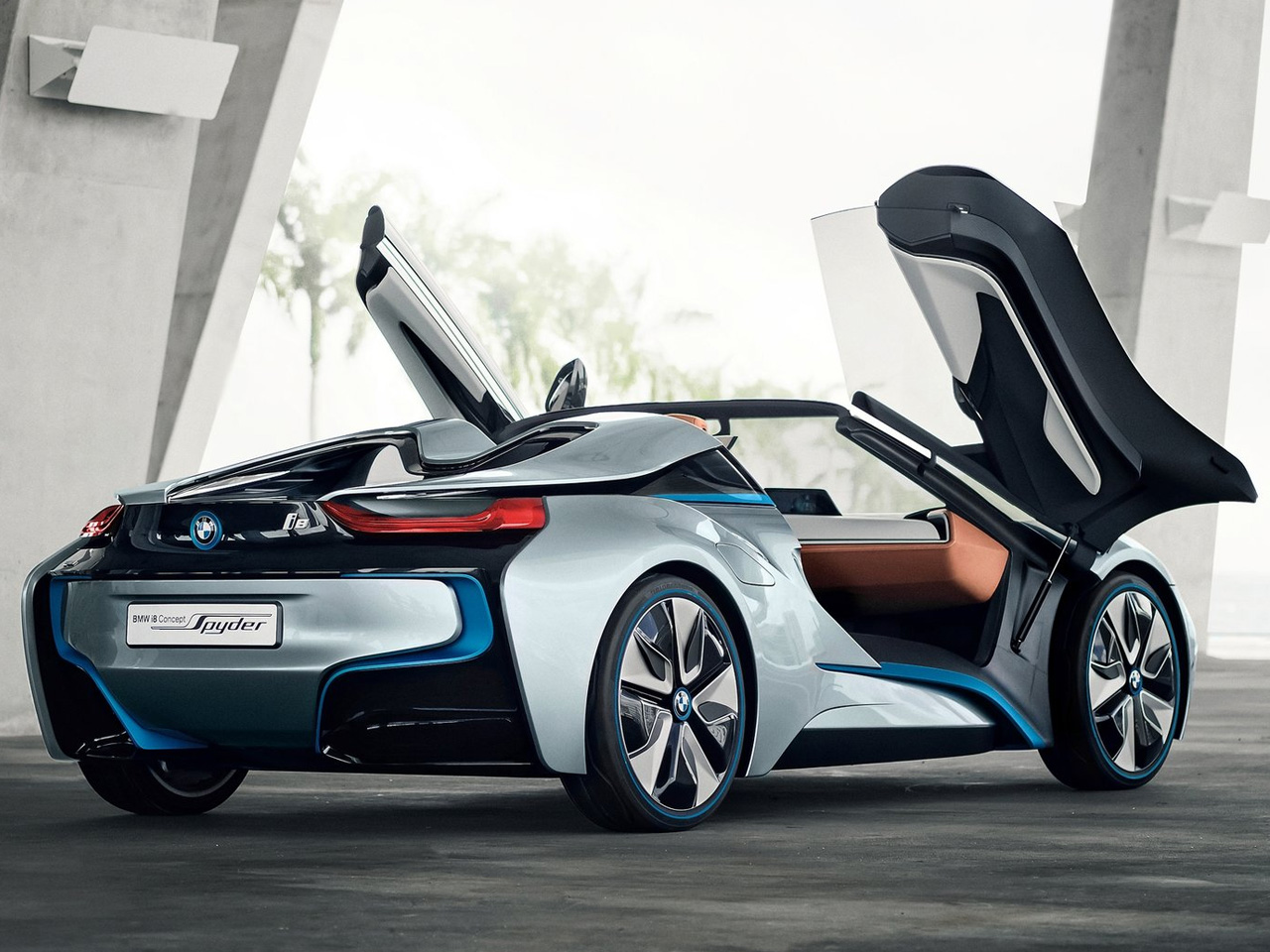 Bmw i8 spyder will soon come to life